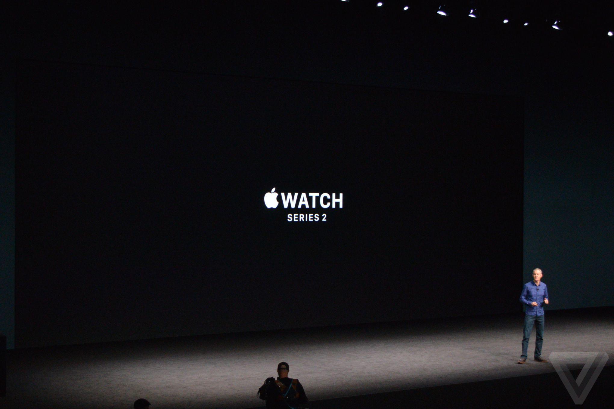 Apple presentation selol ink apple presentation toneelgroepblik Images