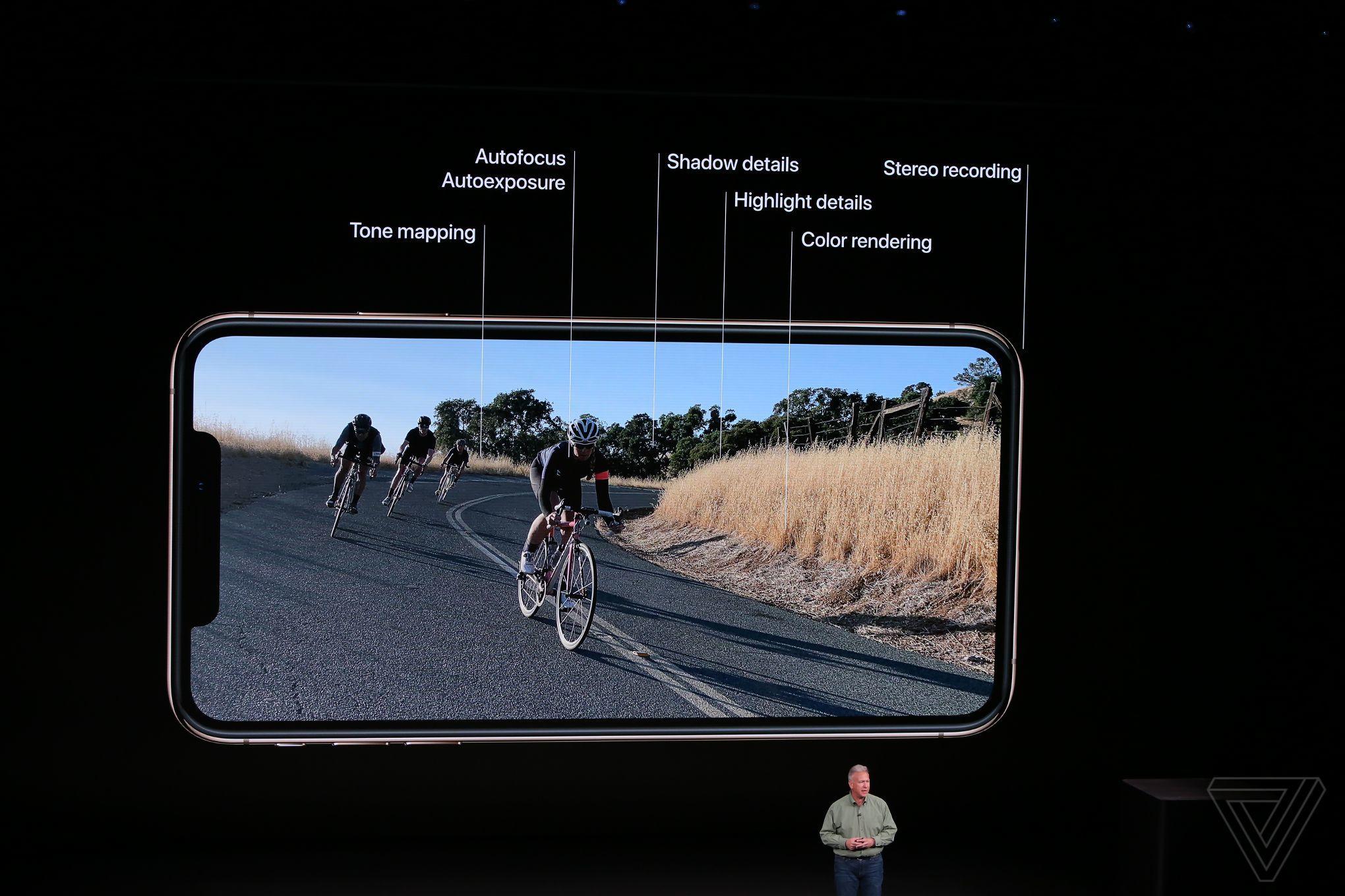 ล้ำหน้าโชว์ Apple เปิดตัว iPhone Xs + iPhone Xs Max กล้องแจ่ม สเปคแรงขึ้น iPhone Xs Max iPhone Xs iOS Apple Event 2018 Apple
